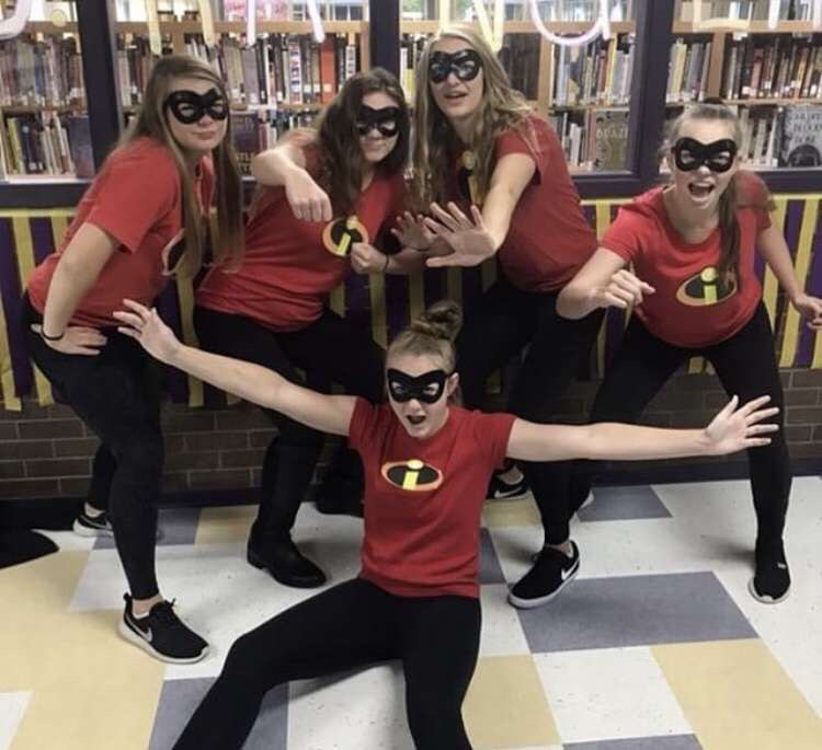 Getting into spirit for homecoming with your squad!