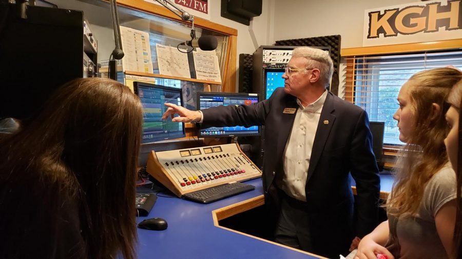 Taylor Brown explains how the country station KGHL computerizes its playlist for broadcast.